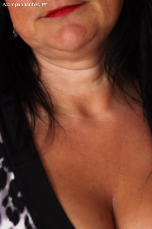 Senhora 39 anos muito bonita 967454494